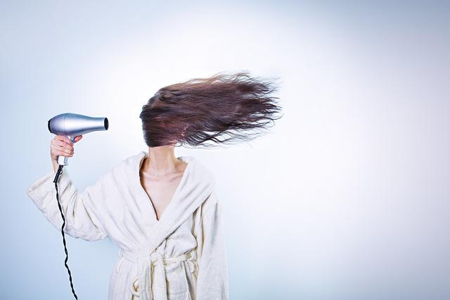 Wilde Haare schnell in den Griff bekommen!