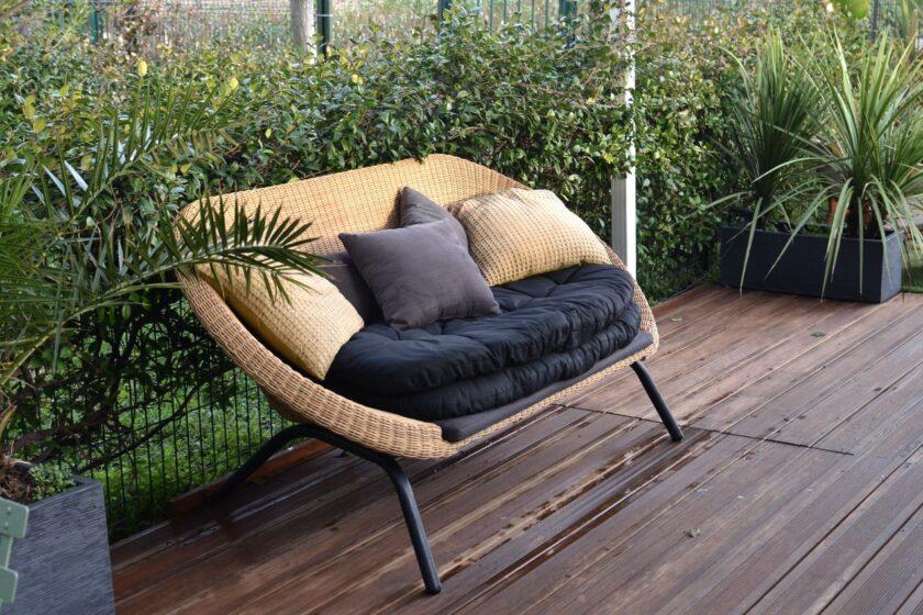 Keine leichte Entscheidung: Welche Gartenmöbel sollen es sein?